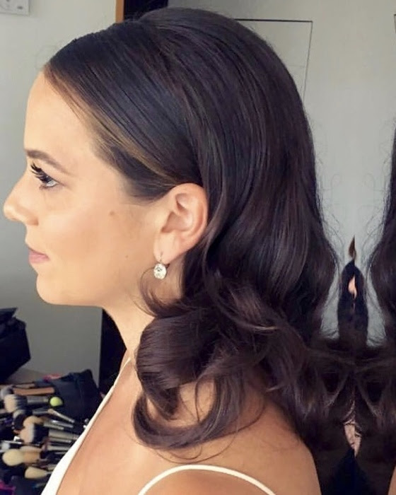 Jackie O hairstyle